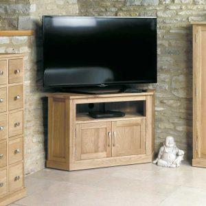 Baumhaus Mobel Oak Corner TV Cabinet