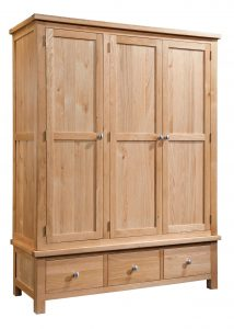 Devonshire Dorset Oak 3 Door Triple Wardrobe With 3 Drawers