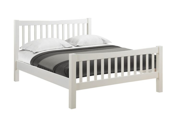 Devonshire Dorset Painted Ivory 5′ King Size Bed