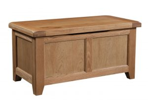 Somerset Waxed Oak Blanket Box | Fully Assembled