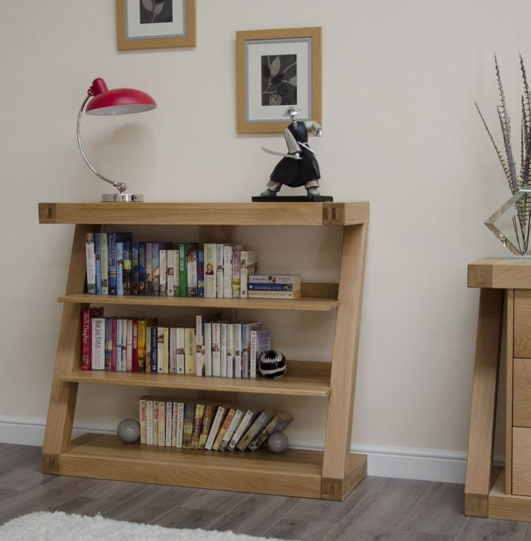 Homestyle Z Solid Oak Small Bookcase with 2 Shelves   Fully Assembled