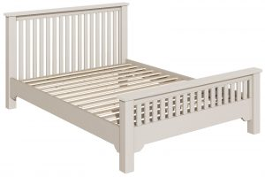 Berkeley Painted Grey 5′ King Size Chunky Bed