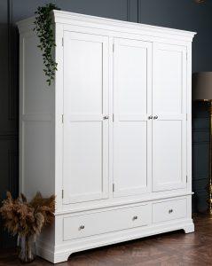 Windsor Painted White Triple Wardrobe